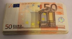 Bundles of 50 Euro