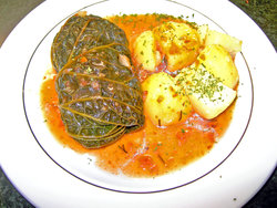 cooked cabbage leaf packet