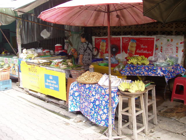 food store in the market - free image
