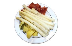 Fresh cooked white asparagus