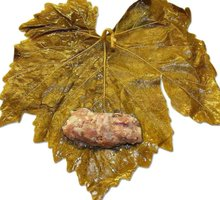 stuffed vine leaf
