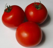 Vibrant red juicy tomatoes.